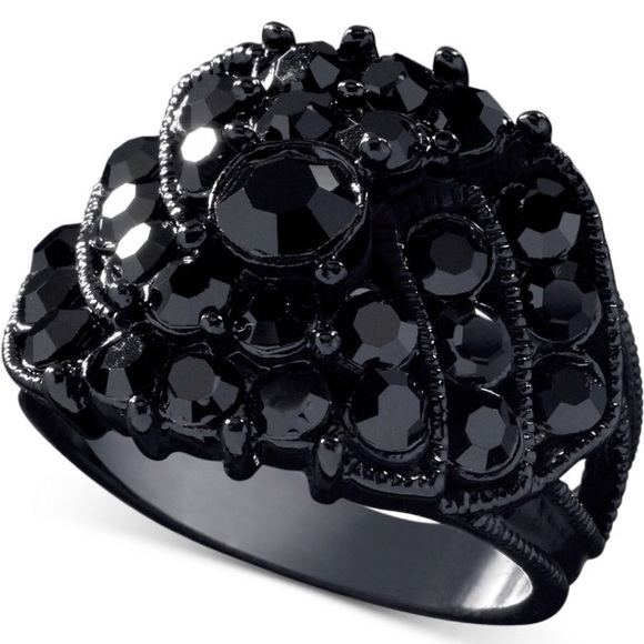 GUESS Black Crystal Ring NWT 1cfc914f8eb